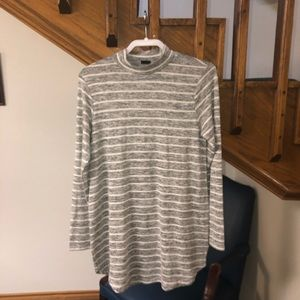 GinaTricot Sz Med Long Tunic